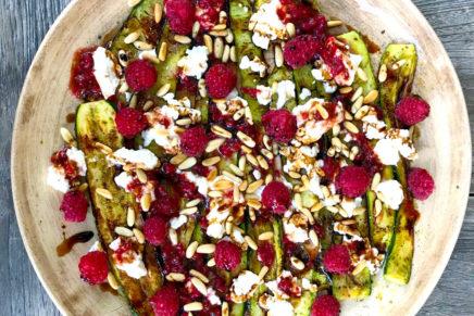 Zucchini – Frischkäse – Himbeeren